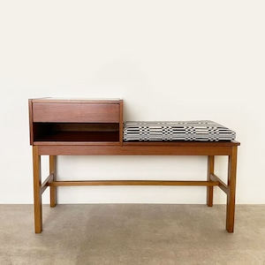 Telephone bench with Johanna Gullichsen Doris / OH011