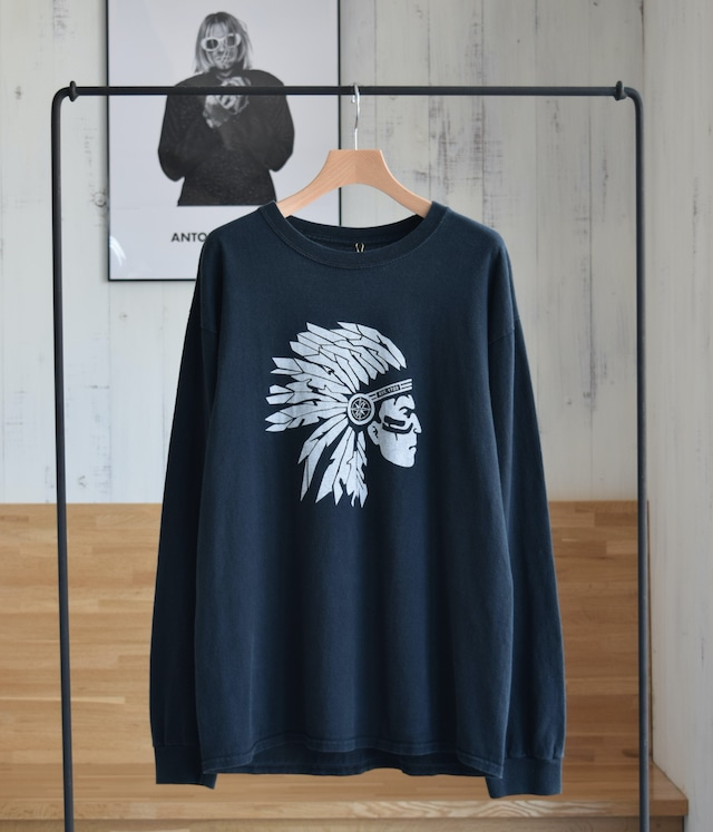USED LONG SLEEVE T-SHIRT -NATIVE AMERICANS-