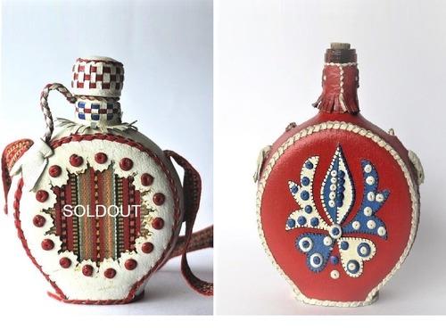 ハンガリー 皮革水筒 CSIKOS チコーシュ  赤と白