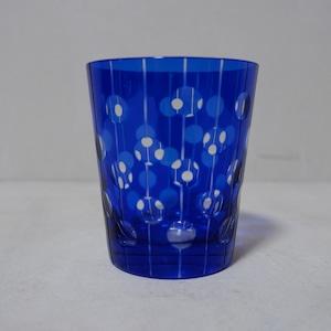 青いドットの切子グラス
