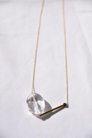 ネックレス: ヴィンテージアクリル &チェコガラス 「水を追いかけて」