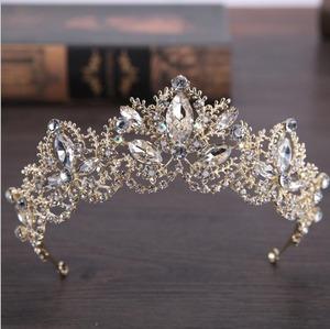 5503髪飾り ティアラ カチューシャ  ヘアアクセサリー ヘアバンド 結婚式ブライダルクラウン