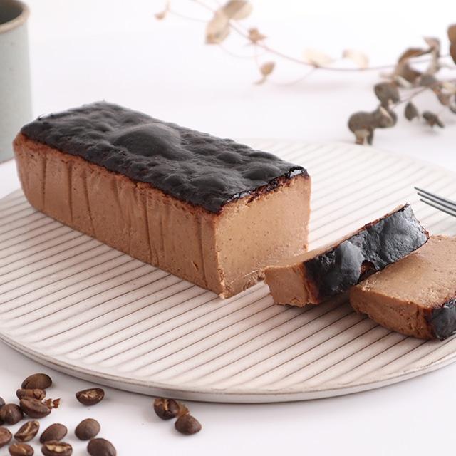 【季節限定・紙箱入り】香り立つチーズケーキ カカオとコーヒー