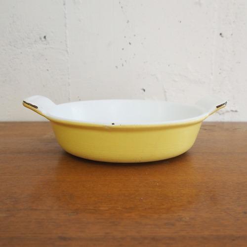 ヴィンテージストウブのイエローのグラタン皿