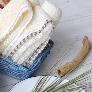 ふっくらマシュマロのような泡立ち     麻とトウモロコシ由来のボディタオル