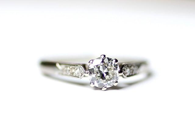 Single Stone Diamond Ring circa 1920-1930  シングルストーン ダイヤモンド リング