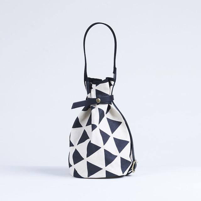 kingyo bag / black × scale きんぎょバッグ / 墨 x 鱗