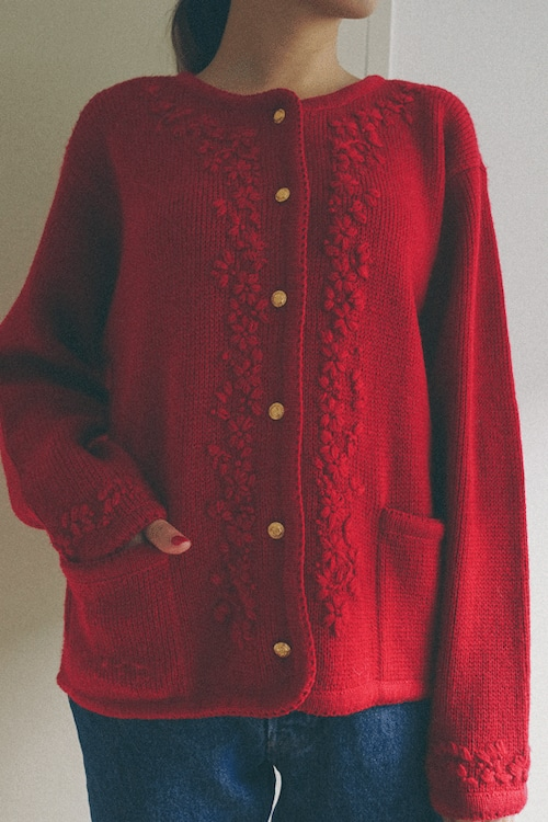 red embroidery knit cardigan