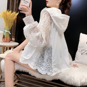 【値下げ】透け感 UVカット  UV対策 長袖レース刺繡パーカー <ins-1716>