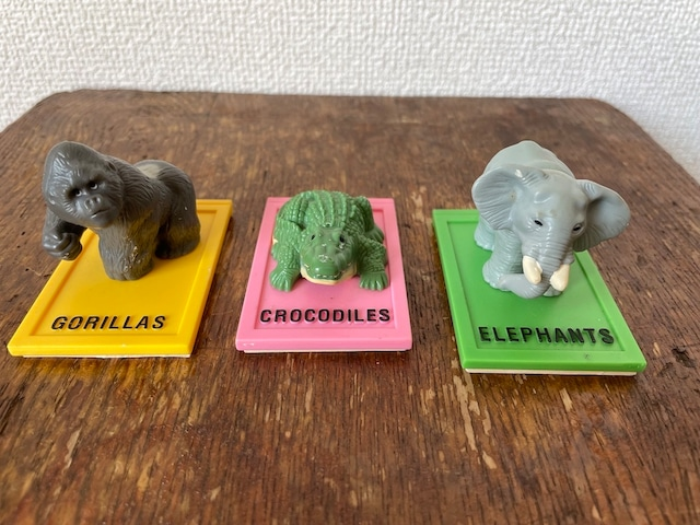 【McDonald's/マクドナルド】WILD ANIMAL TOY BOOKS