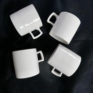 〈再入荷〉 【30306】 九谷の白 四角い取手のマグ/ Kutani White Mug Cup / Showa Era
