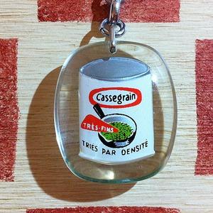 フランス グリンピース缶詰メーカー Cassegrain[カスグラン]動くブルボンキーホルダー