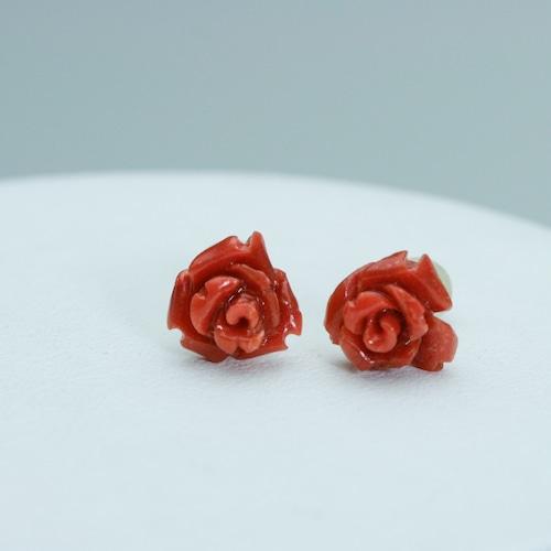 サンゴ(コーラル) 赤い薔薇のピアスK18