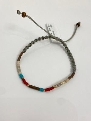 【JEENAR】天然石珊瑚マクラメ編みブレスレット(BRS-16)