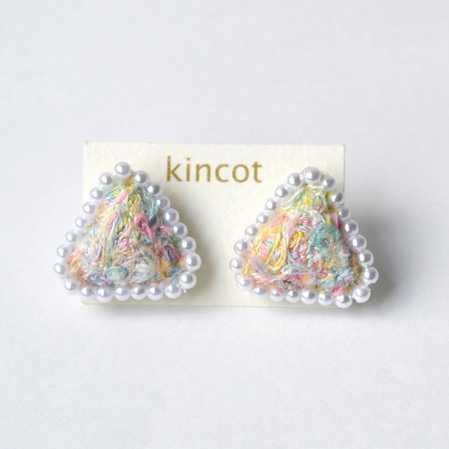 kincot 色糸さんかくピアス(パール×パステルミックス)