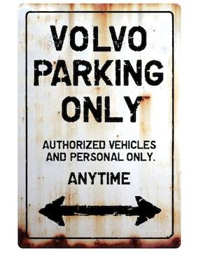 【送料無料】VOLVO Parking Onlyサインボード  パーキングオンリー ヴィンテージ風 サインプレート ボルボ  ガレージサイン アメリカ雑貨 アメリカン雑貨 壁飾り ウォールデコレーション 壁面装飾 おしゃれ インテリア 雑貨