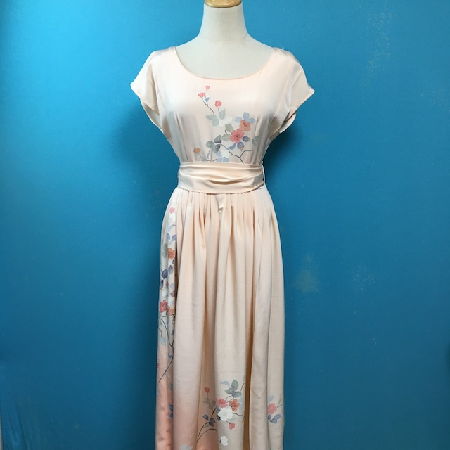 Vintage kimono dress/ US 8, french sleeve