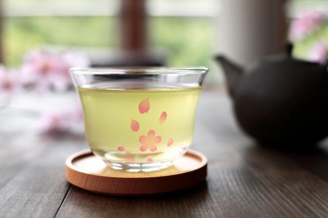 『冷感桜』『煎茶 茶托セット』 *母の日 父の日 春 桜 硝子 煎茶碗 花見 贈り物 温度 変化 ギフト プレゼント お祝い おもてなし