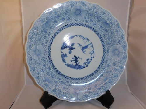 伊万里染付輪花大皿Imari porcelain plate(flower arabesque)