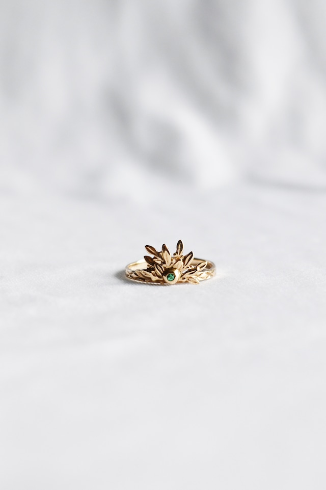 K10 Laurel Emerald Ring 10金月桂樹エメラルドリング