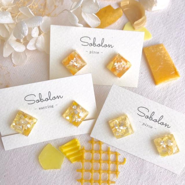 スクエアデザイン【黄】海洋プラスチックを素材にした一点物デザインピアス/イヤリング