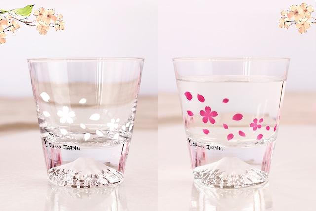 【csmf】『冷感桜舞富士山』『ロックグラス』 *母の日 父の日 春 桜 富士山 ロックグラス 江戸硝子 花見 贈り物 温度 変化 乾杯 ギフト プレゼント お祝い