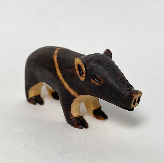 グアラニー族の動物  PORCO  ブタ 11cm