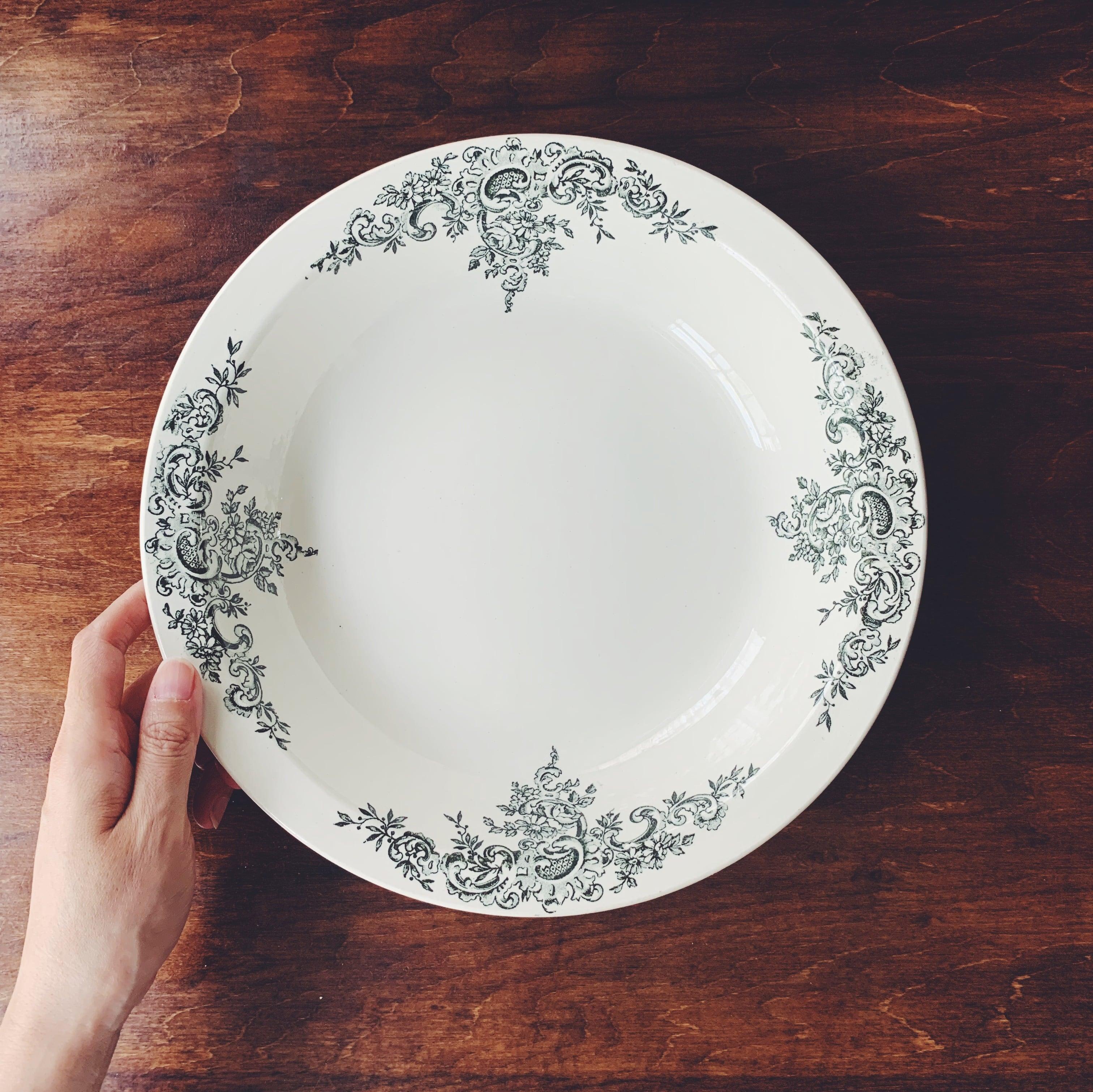 """Choisy le roi """"Louis XV"""" salad bowl"""
