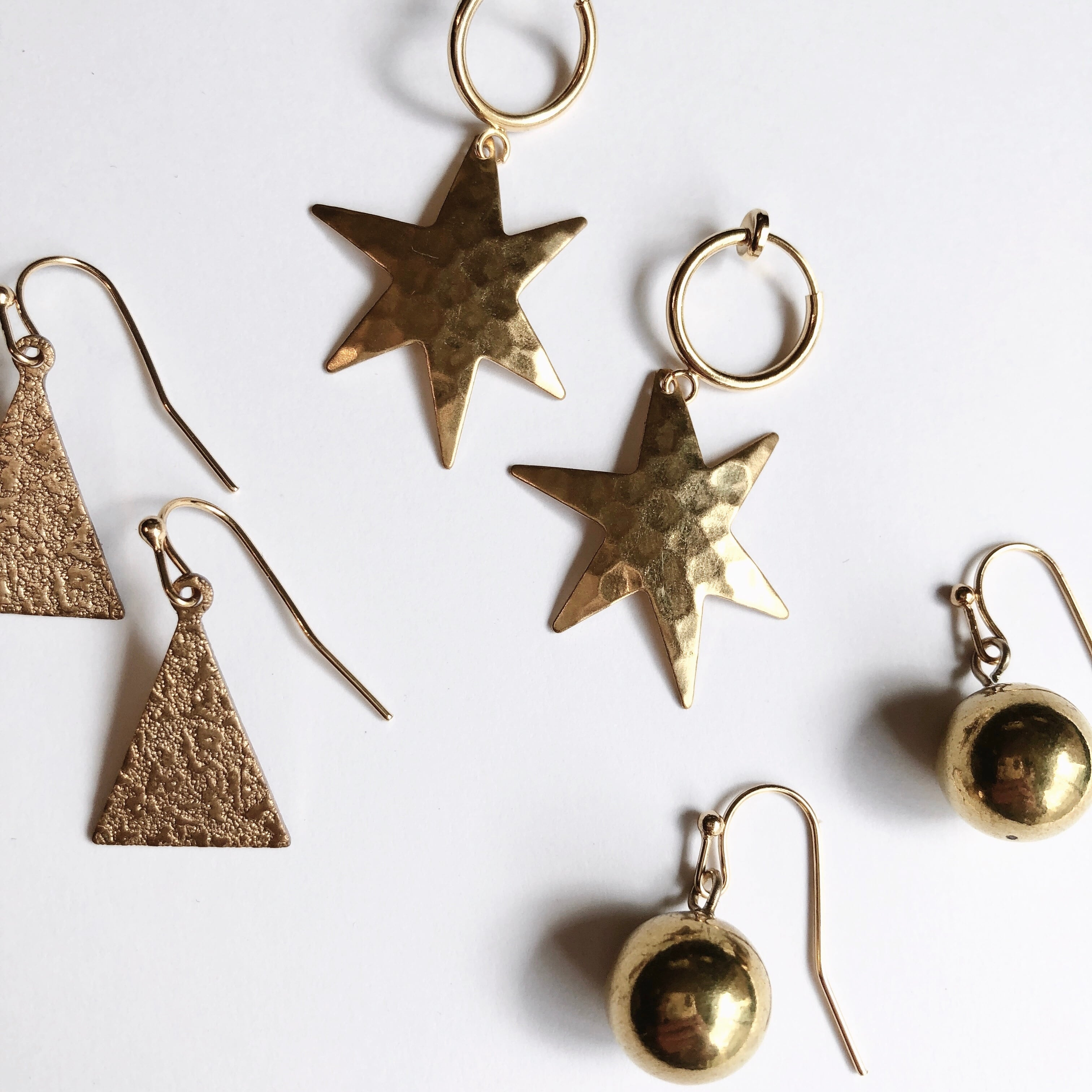 Brass charm piece/earrings  B-080