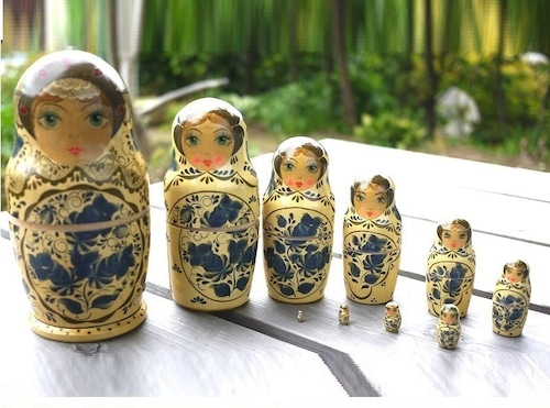 セルギエフ マトリョーシカ 10人姉妹 グジェリ陶器