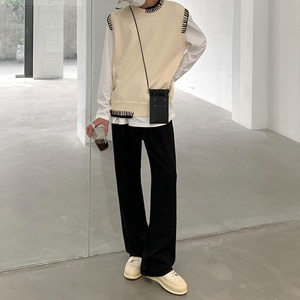 Cool neck contrast design vest   b-521