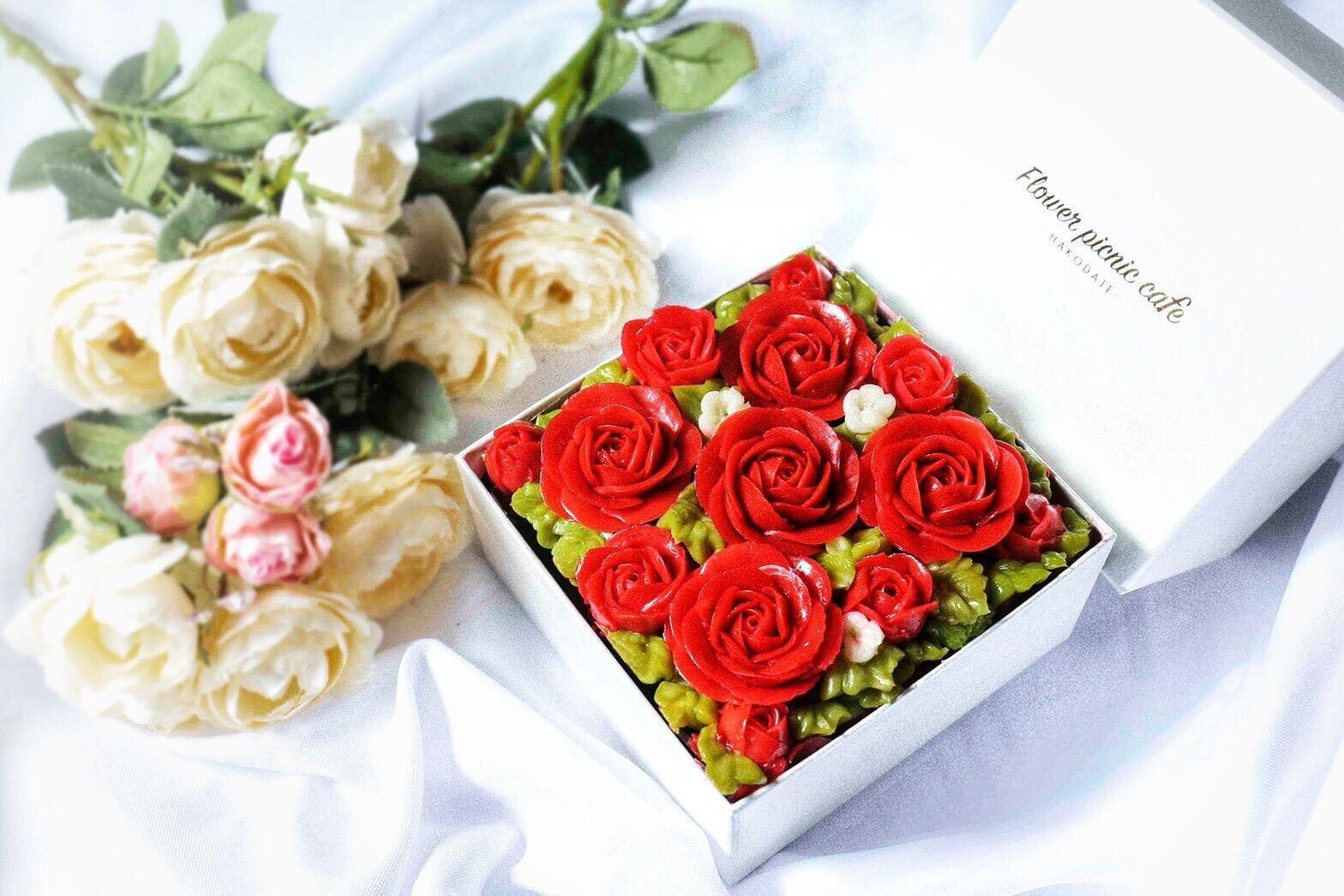 【Shining Red】Anniversaryボックスフラワーケーキ