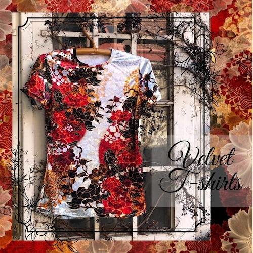 牡丹家紋紅白 メンズ&レディースTシャツ ベルベット or ジャージ