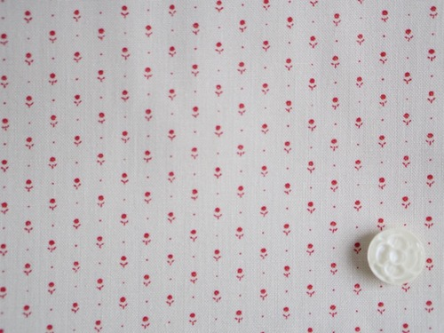 Moda Ladies' Legacy オフホワイト地に小さいレッドのプリント