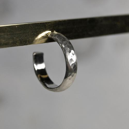 シルバープレーンフープピアス 4.0mm幅 つや消し槌目 WKS PLANE HOOP PIERCED EARRING 4.0 sv matte hammer FA-388
