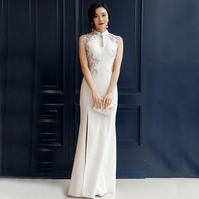 ロング丈チャイナドレス 改良型チャイナドレス チャイナ風ワンピース ロングドレス パーティードレス 大きいサイズ S M L LL 3L チャイナ風服 パーティー 二次会 演奏会 マーメイドライン 刺繍入り ホワイト 白い