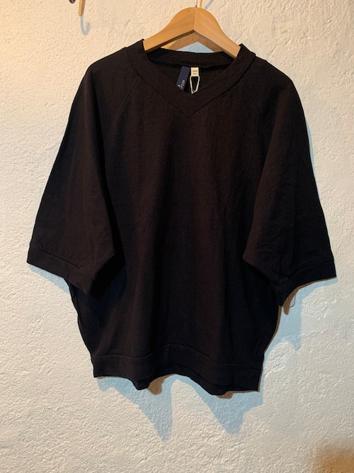 Chloro sister/リコット天竺ラグランvネックTシャツ ブラック