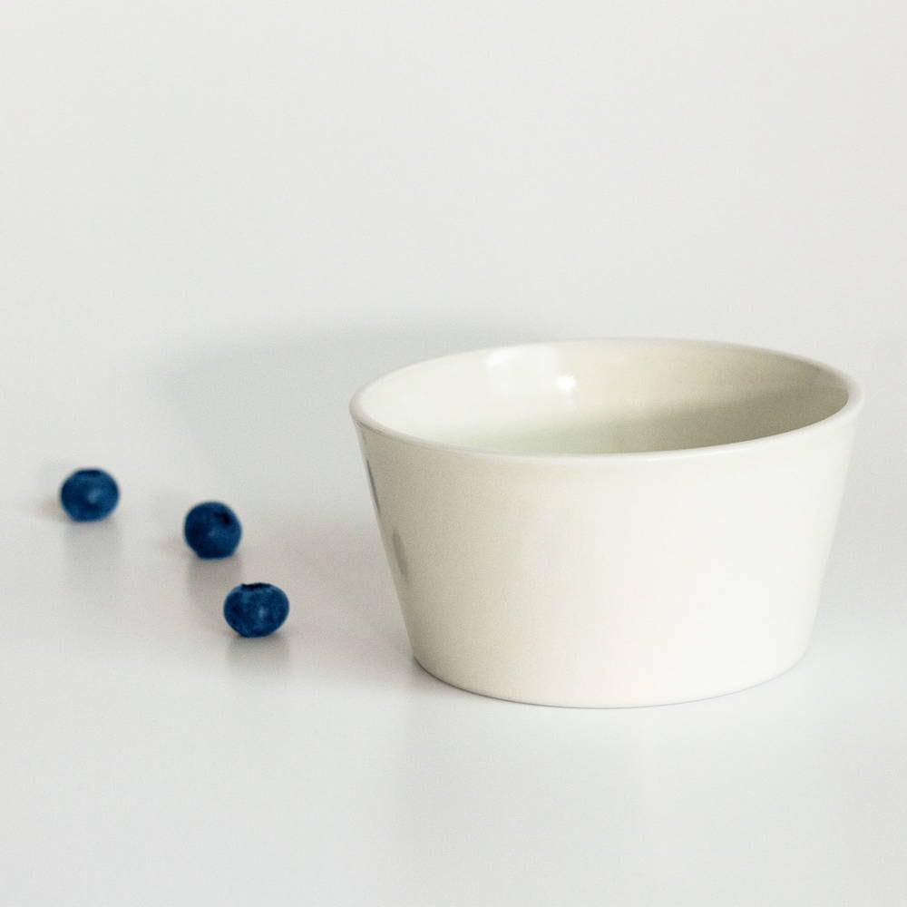 aito製作所 「シエル Ciel」きほんのうつわ 小鉢 ふた付レンジパック(キャニスター) 直径約10×深さ6cm ホワイト 美濃焼 520133