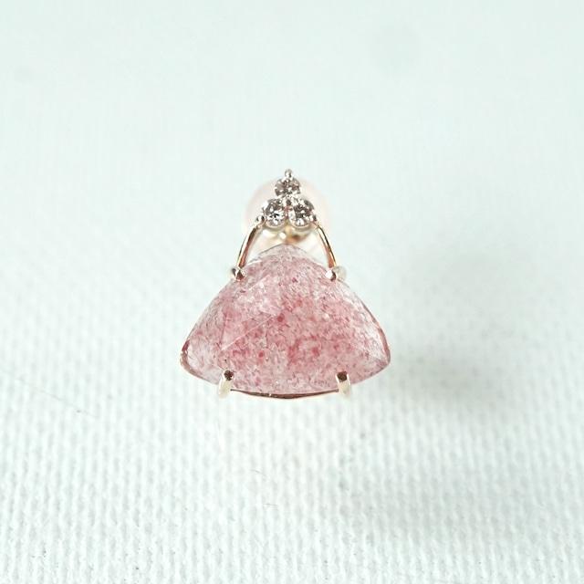 Tri-cut gem pierce Strawberry quartz 片耳 - K10YG