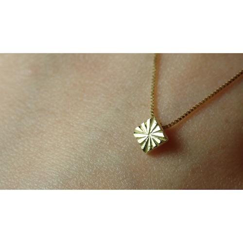 Licht Necklace K18
