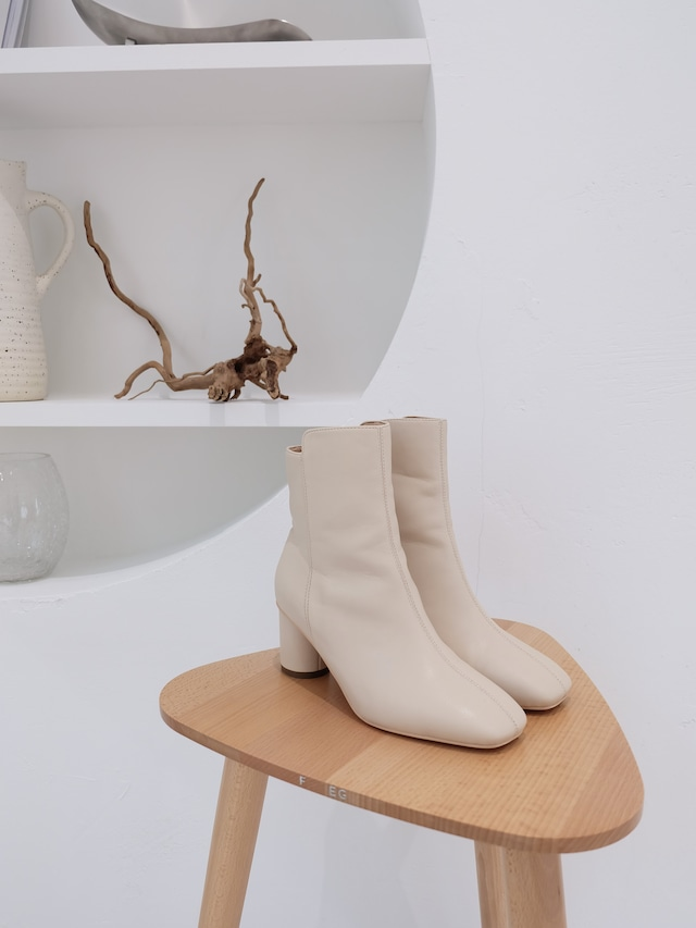 square toe short boots(ivory)