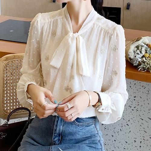 フラワー刺繍スノーカットボウタイシャツ ・19325