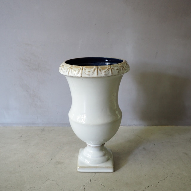 Tall Urn VA-001