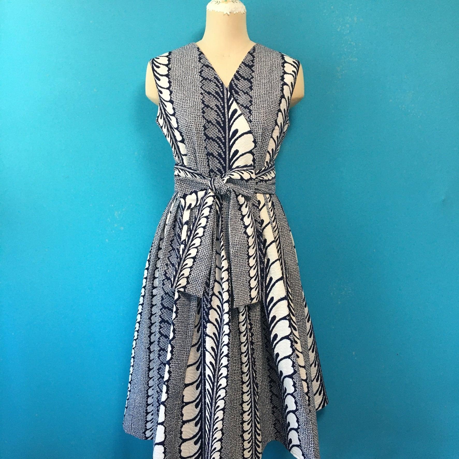 Vintage 浴衣のラップドレス 藍