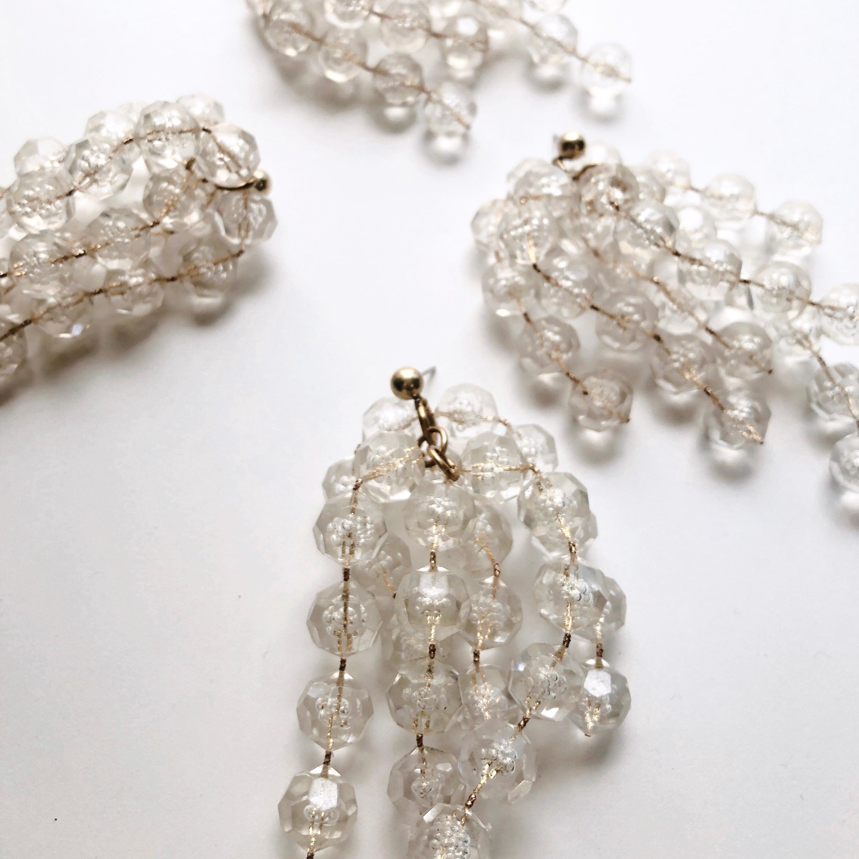 Lucite shower earrings L-008
