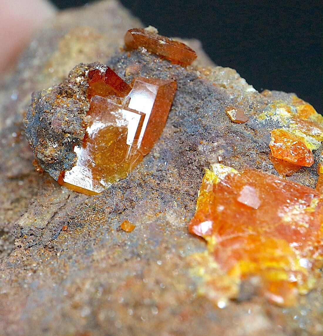 モリブデン鉛鉱  29,9g ウェルフェナイト WF038 天然石 鉱物 標本 原石