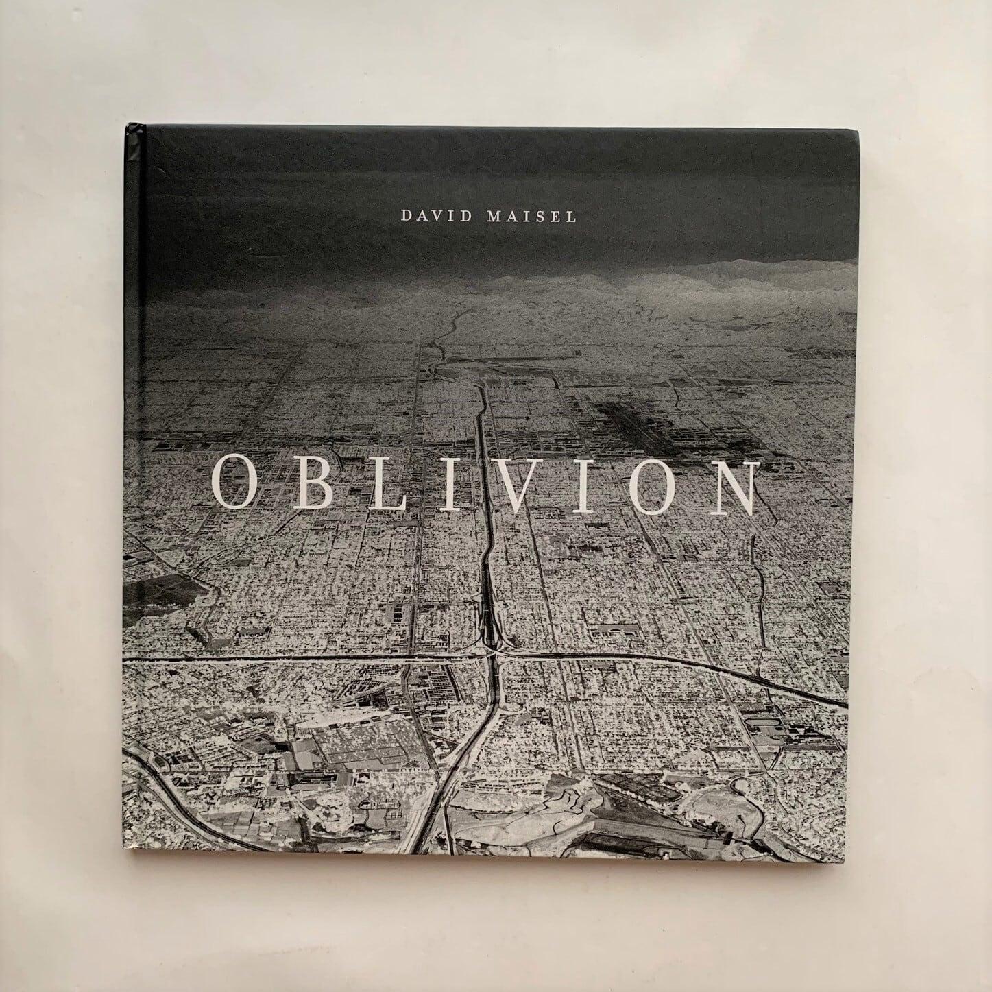 Oblivion / David Maisel