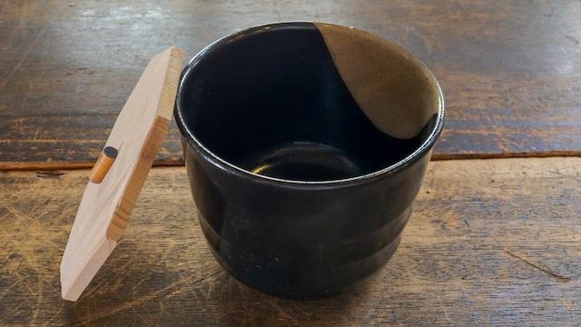 炊き込みごはんを入れたい、蓋付きご飯茶碗