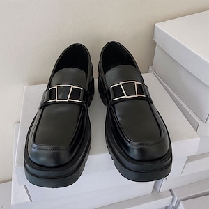 Gold pedal loafers shoes   b-247