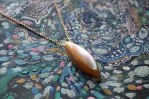 夜光貝のペンダント -marquis- 14kgf